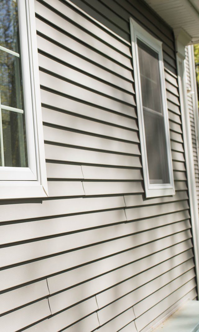 http://lalahomeimprovement.com/wp-content/uploads/2019/08/vinyl-does-siding-increase-home-value-e1566419255244-640x1068.jpg